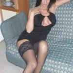 femme mature très sexy en bas résille