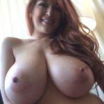 photo très gros seins naturels