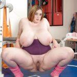 femmes rondes nues